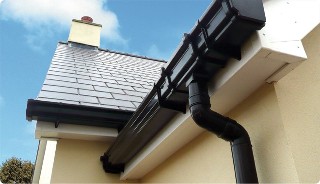 3 Benefits Of Gutter Mesh Installation